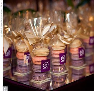 macaroon favors... I have to think cheap or DIY and this is perfect for that lol