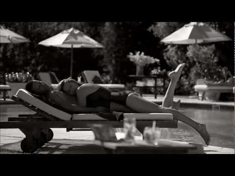 Ett annat land (Kärlek i solstolen) - Ving reklamfilm sommar 2012