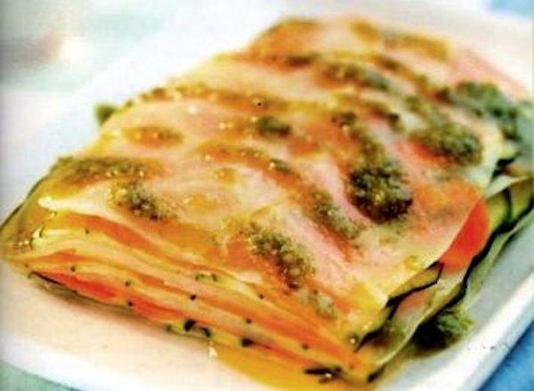 Millefoglie di verdure in crema al basilico