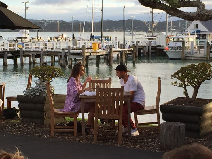 Romantic dinner as the sun sets in #Russell #BayofIslands