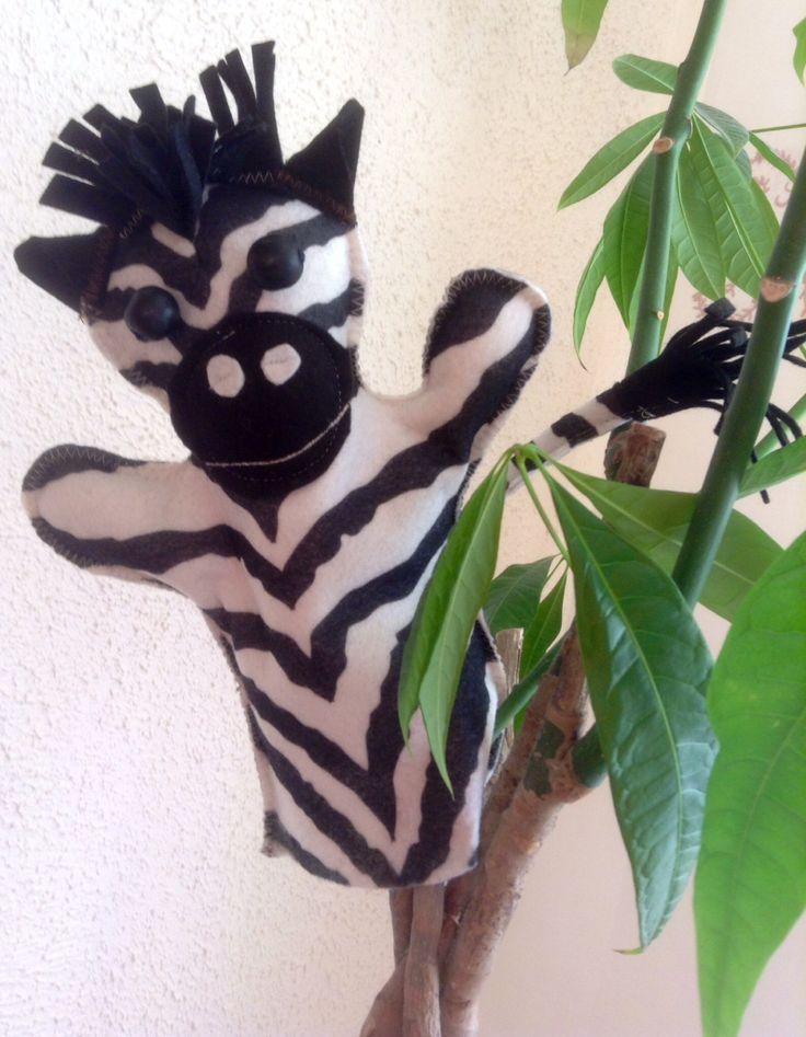 Zebra puppet Design Sinipellavainen