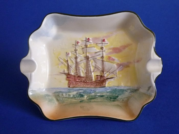 Royal Doulton 'Famous Ships - Ark Royal' Ashtray D5957 c1941