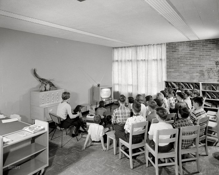"Rabbiteers: Nov. 1, 1954. Schenectady, N.Y. ""Skidmore, Owings & Merrill. Grout Park School, Hamburg Street. Television in library."" Gottscho-Schleisner. Click to view full size."