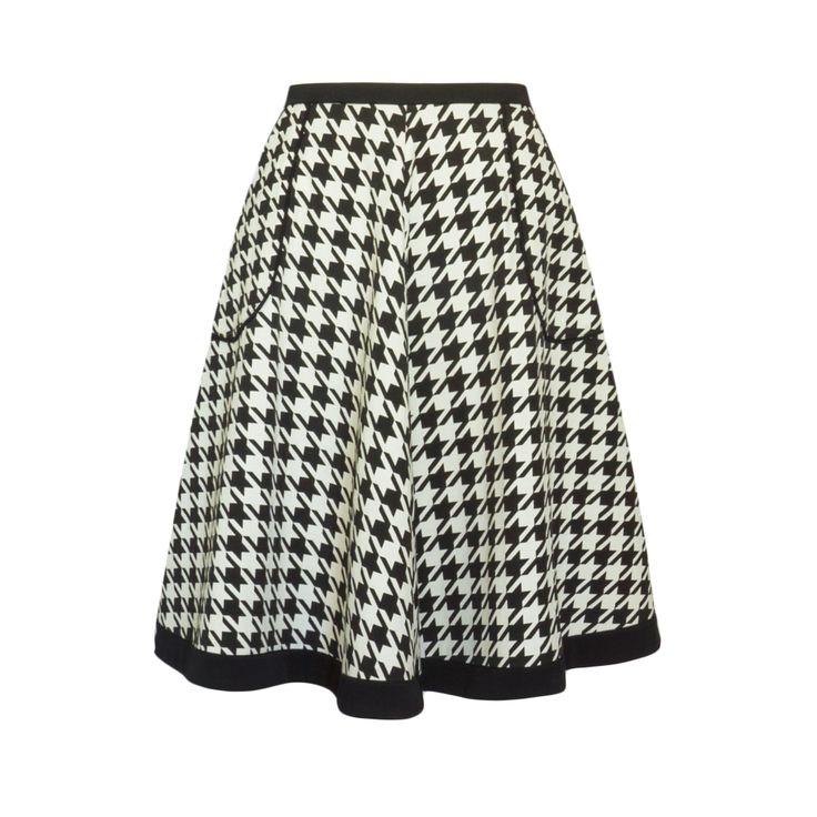 Spódnica z takiny żakardowej, wzór pepitko. Skirt Story