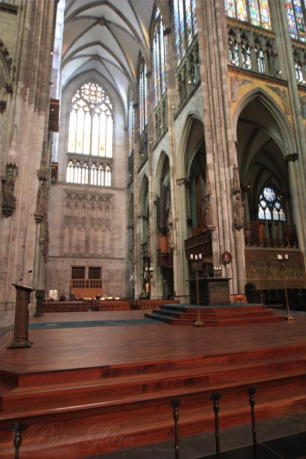 Inside Cologne Cathedral - Kölner Dom - UNESCO World Heritage Site - near Hohenzollern-Bridge - Cologne/Köln, Germany/Deutschland