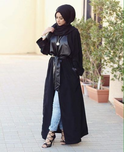 black abaya style- Abaya hijab fashion from Dubai http://www.justtrendygirls.com/abaya-hijab-fashion-from-dubai/