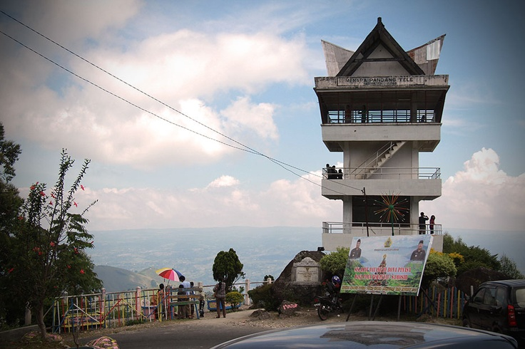 The observation tower locally known as penatap/natapan is the place where one can gaze upon vast, magnificent Lake Toba