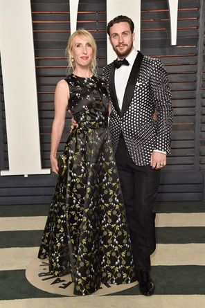 Sam Taylor-Johnson in Alexander McQueen e Aaron Taylor-Johnson in Tom Ford
