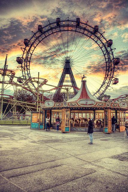 Noch nie in Wien vergessen by Julian Russi, via Flickr