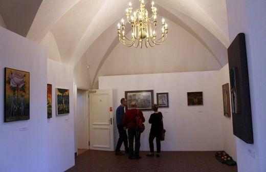 """Wystawa """"10 wizji Raju"""" w Nakle - gliwice.gosc.pl"""