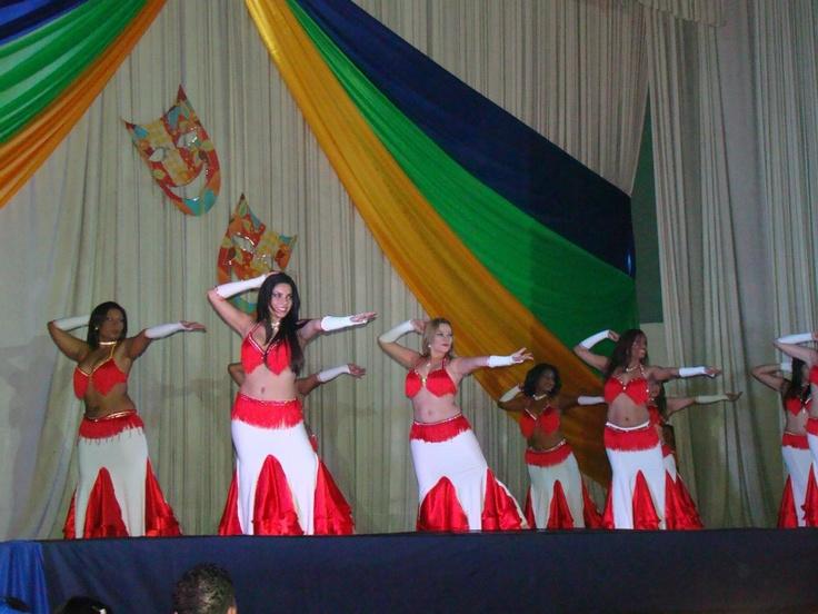 Gala Al Nujun 2012 BellyTucada. Danza con velo 2 . Foto: Samuel Alejandro Vargas