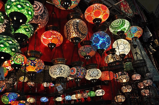 Turkish lamps at the Grand Bazaar, Istanbul http://kinanutshell.blogspot.com/2010/11/turkey-travels-continued.html