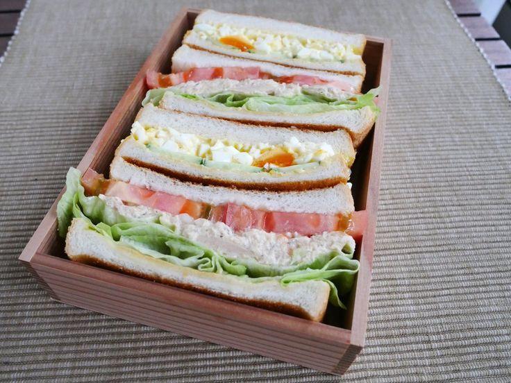 サンドイッチ二種(ツナ、卵)