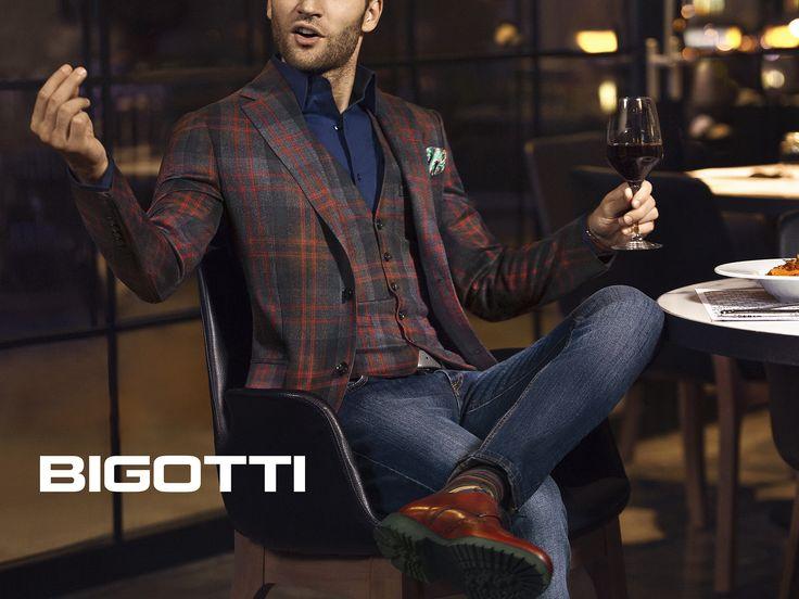 #Stylish #urban or #smart - the #blazer & #waistcoat #combo will #upgrade your #everyday #outfits.  http://www.bigotti.ro