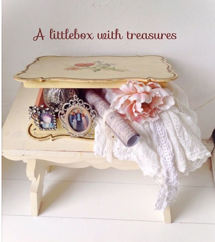 A little box with shabby chic romantic stuff