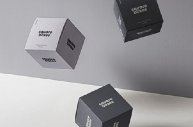 Download This Is An Incredible Set Of Free Falling Gravity Psd Box Packaging Mockup To Display Your Branding Designs Add Any O Packaging Mockup Cosmetics Mockup Mockup