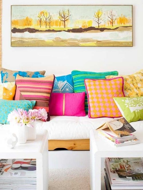 colors!House Tours, Decor Ideas, White Living, Living Spaces, Living Room, Throw Pillows, Colors Pillows, White Wall, Bright Colors
