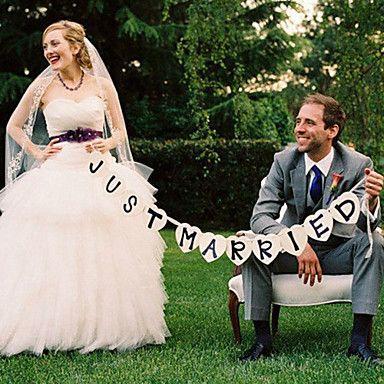 """""""Just Married"""" Hochzeits-Banner - Set mit 11 Stück – EUR € 15.45"""