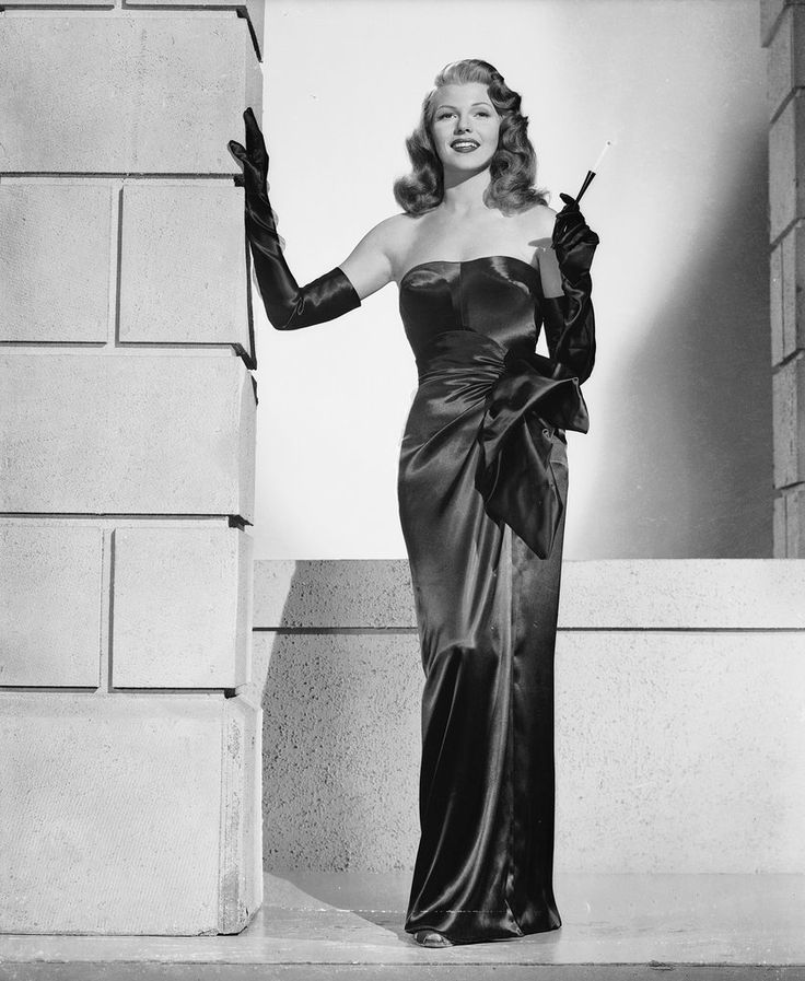 Iconic Old Hollywood Costumes to Class Up Your Halloween  sc 1 st  Pinterest & The 242 best Hollywood Costume images on Pinterest | Hollywood ...