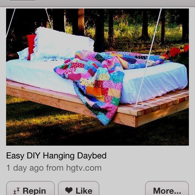Pallet hammock bed