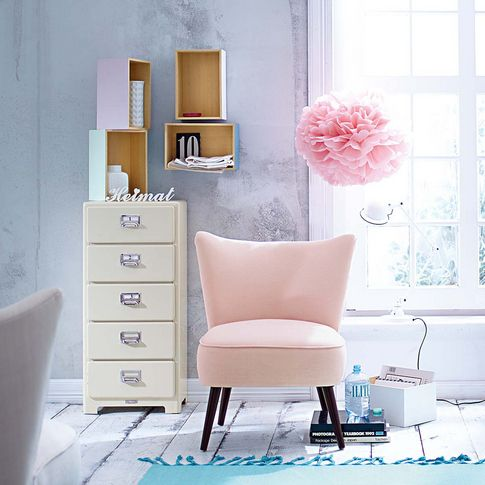 Girly chair: Sessel im modernen Retro-Look. #impressionen #living