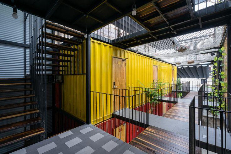 Imagen 1 de 39 de la galería de Ccasa Hostel  / TAK architects. Fotografía de Quang Tran