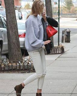 Celebrity Style | 海外セレブ最新ファッション情報 : 【カーリー・クロス】ホワイトコーデに赤色とアニマル柄をプラス!きれいめカジュアルスタイルでお出かけ!...