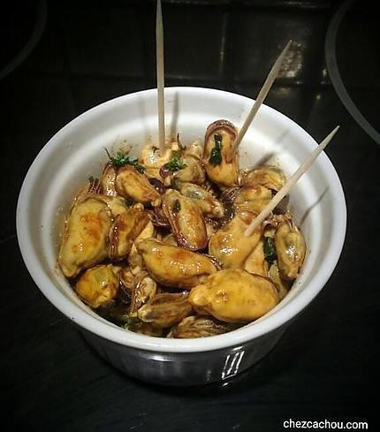 La meilleure recette de Moules marinées pour l'apéritif! L'essayer, c'est l'adopter! 5.0/5 (1 vote), 1 Commentaires. Ingrédients: 1 cc huile d'olive 1 cs vinaigre balsamique 0.5 cc paprika du persil 120 g de moules décortiquées cuites