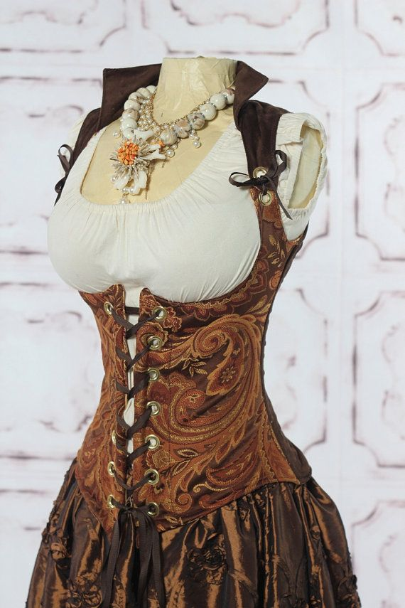 """Underbust corset...cool. I could make a """"gear"""" bra and keep the corset more simple."""