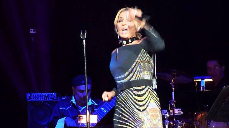 Googoosh Covers Pichack By Ebi In Concert Anaheim Honda Center Aug 16 2014 Concert Honda Anaheim