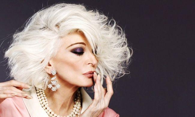84歳!カルメン・デロリフィチェ Carmen Dell'Orefice The fascinating confessions of an 84-year-old model