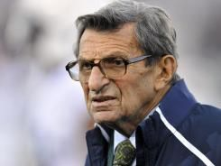 Former Coach Joe Paterno dies at the age of 85 from lung cancer.