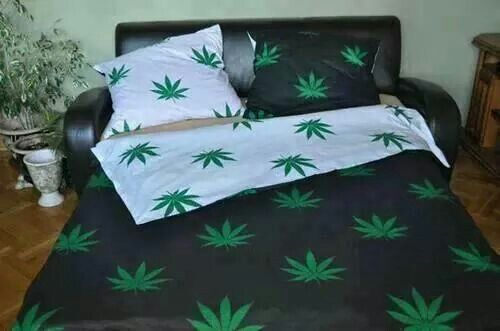 Marijuana Bed Sheets Stoners Pinterest Beds And Bed