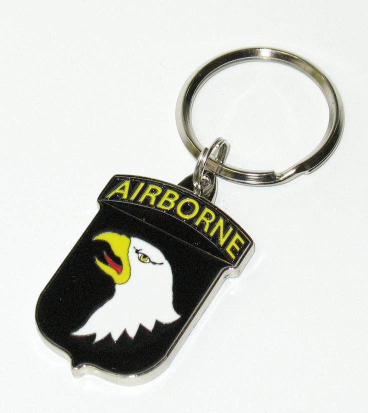 Enameled US Army 101st Airborne Division Screaming Eagles Key Ring Keyring