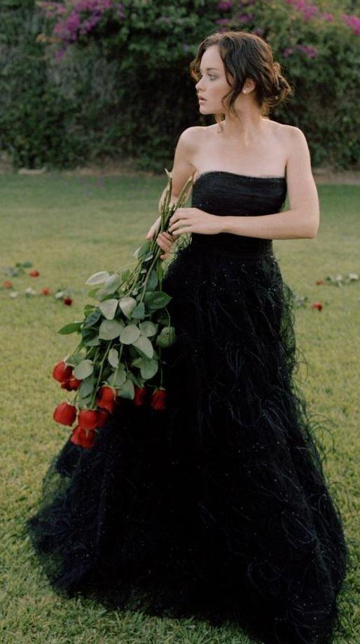 alexis bledel more halloween wedding dressesblack