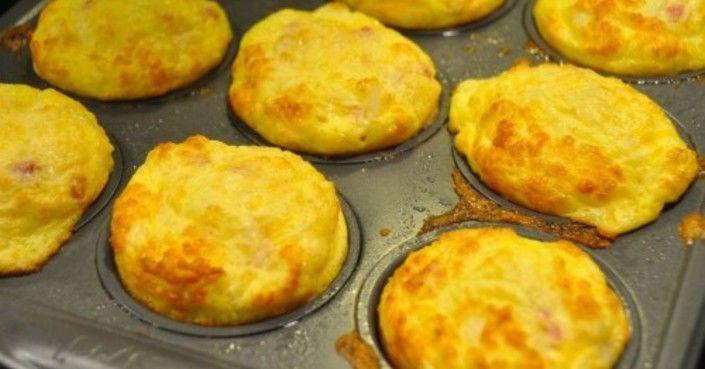Ha akad némi száraz kenyér a konyhában, készítsd el belőle ezt az isteni finom reggelit. Hála az egyszerű, de finom hozzávalóknak, önmagában is nagyon finom!…