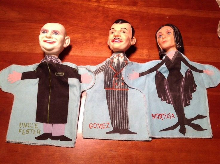 3 VINTAGE IDEAL TOYS ADDAMS FAMILY HAND PUPPETS MINT OPEN SET MONSTERS TOY RETRO