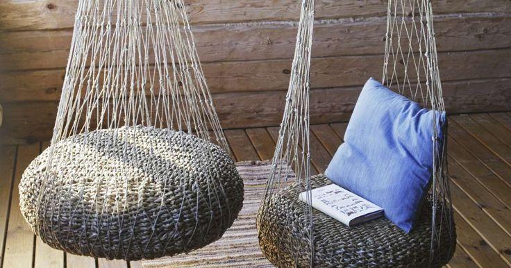 Riipputuoli syntyy aloittelijaltakin eikä maksa juuri mitään.Tuoli valmistetaan solmimalla luonnonnarusta verkkoa. Lue Meidän Mökin ohje ja kokeile itse.