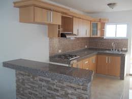 17 cocinas integrales para remodelar tu casa cocinas for Remodelar cocina integral