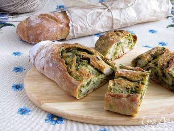 Хрустящий хлеб с оливково-базиликовой топенадой  Хрустящий, ароматный пшенично-ржаной багет с топенадой из оливок и зелени!  #edimdoma #cookery #recipe
