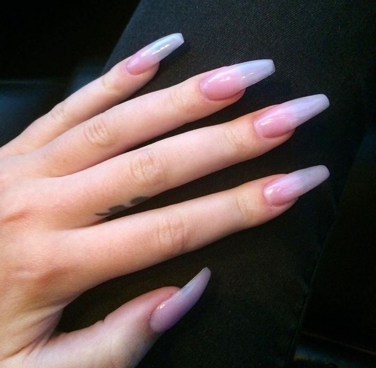Acrylic Nails For Prom: Pinterest: @idaliax0
