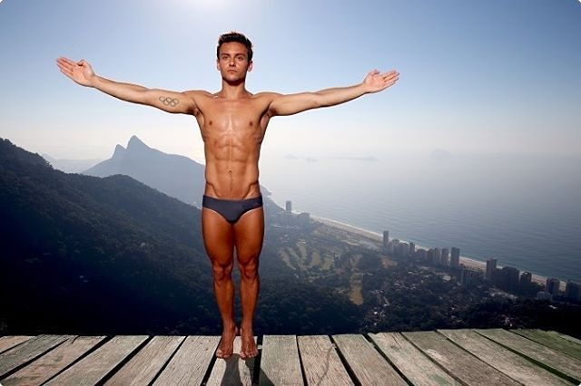 Tom Daley entrando na vibe do @aquecerio e do #Rio2016  Tom Daley getting into the #Rio2016 vibe   Tom Daley entrando en clima Rio 2016  @tomdaley1994
