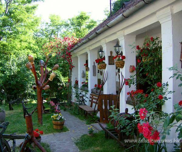Hungarian peasant Houses