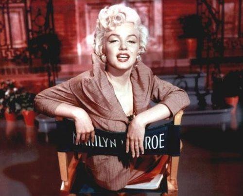 ...: Chair, Marilyn Monroe, Marilynmonroe, Standard Jeane, Normajeane, Marylin Monroe, Beautiful People, Photo