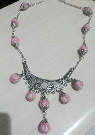 Pink batik necklace #batik #jewelery #contemporary