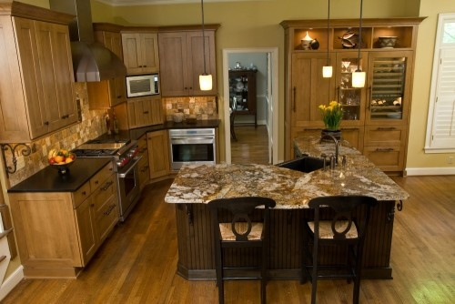Kitchen cupboards island backsplash for the for Kitchen design 9 x 12