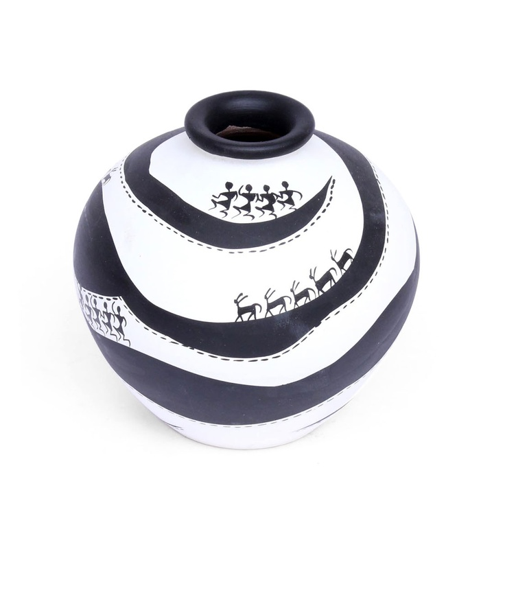 "BRAND: Sourcing India CATEGORY: Hand painted pot COLOUR: Black and white MATERIAL: Warli art terracotta DIMENSIONS: L x W x H- 5"" x 5"" x 5"""