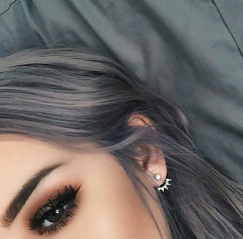 I'd love to have hair like this but I feel like I definitely couldn't pull it off