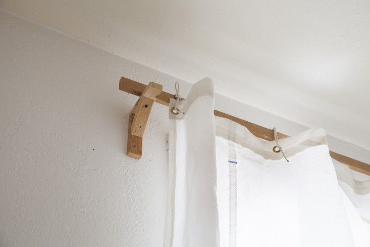 Susan Hoff, Live/Work Space, Sail Cloth Curtains and a DIY curtain rod | Remodelista