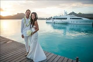 As 47 melhores imagens em bora bora wedding bliss no pinterest congratulations tina david who renewed their vows at the st regis on bora bora junglespirit Choice Image
